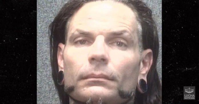 Jeff Hardy es arrestado por estar borracho