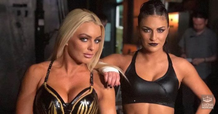 WWE y la historia de amor entre Mandy y Sonya