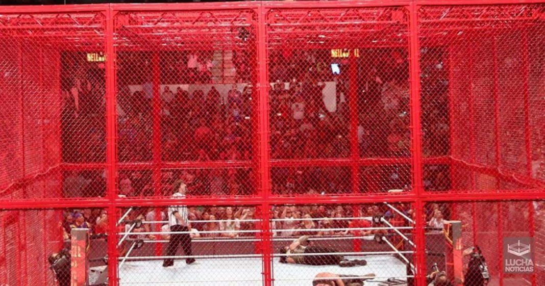 Posible cartel para WWE Hell In A Cell