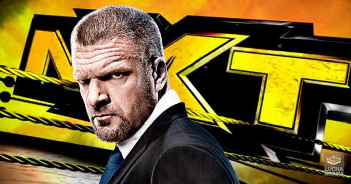Triple H como parte del equipo de NXT