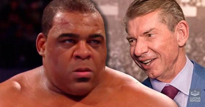 Vince McMahon impresionado con Keith Lee
