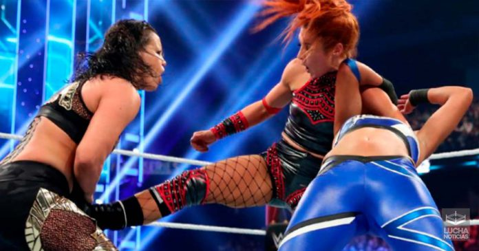 WWE Survivor Series porque la triple amenaza femenil fue el evento estelar