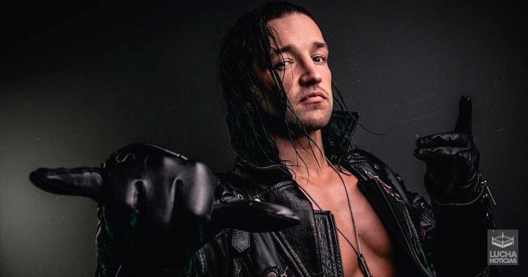 Superestrellas de WWE y directivos interesados en Jay White