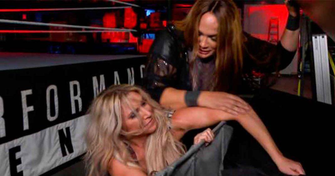 Charlotte Flair lesionada y fuera por un tiempo