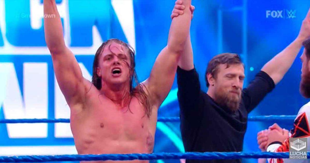 Matt Riddle vence a AJ Styles en su lucha de debut