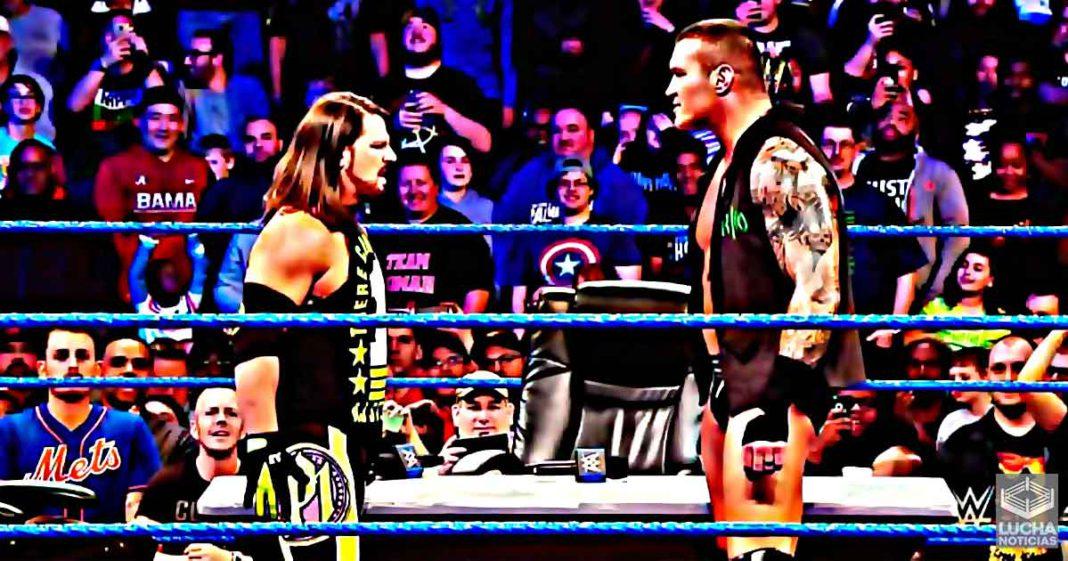 AJ Styles es atacado por Randy Orton luego de insultarlo