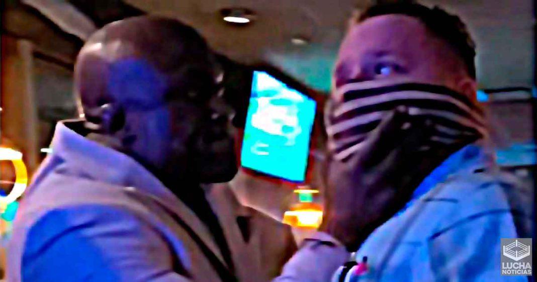 Bobby Lashley se ve incolucrado en una pelea dentro de su restaurante