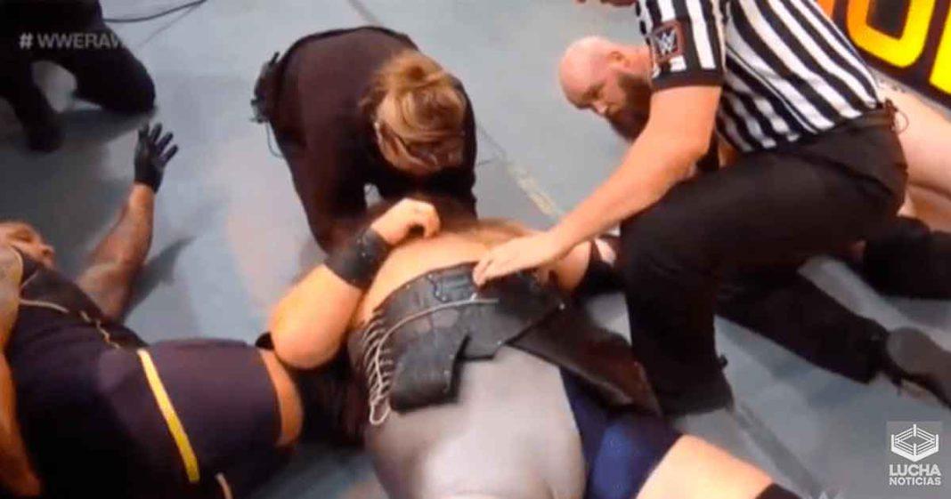 Ivar se lesiona luego de que se cometiera terrible error en su lucha de RAW