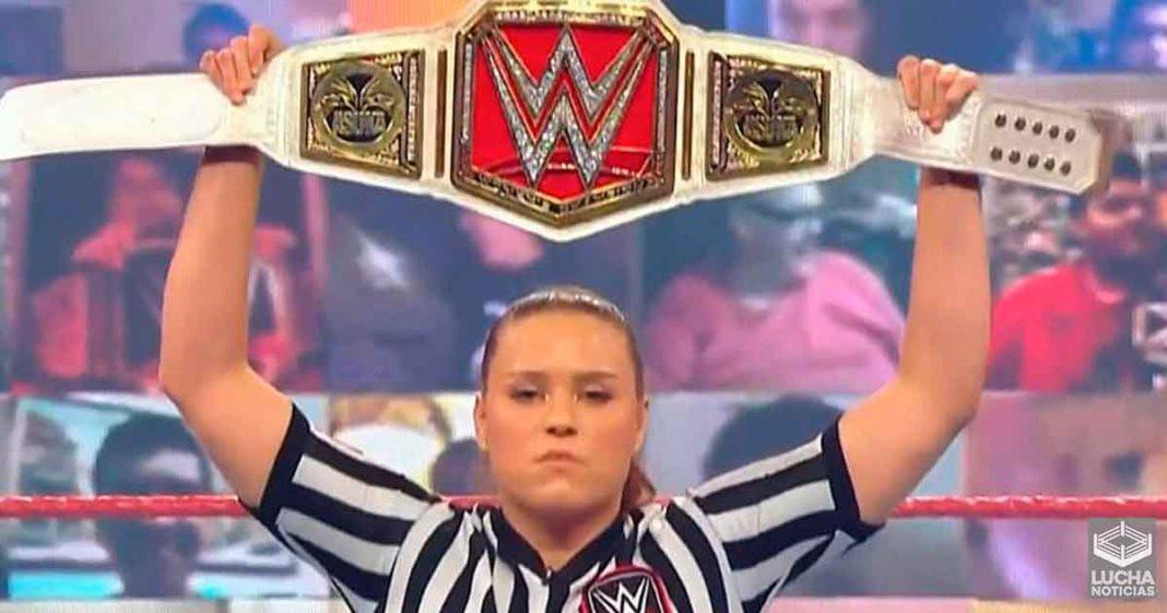 Razón por la cual WWE usó un réferi de SmackDown en RAW