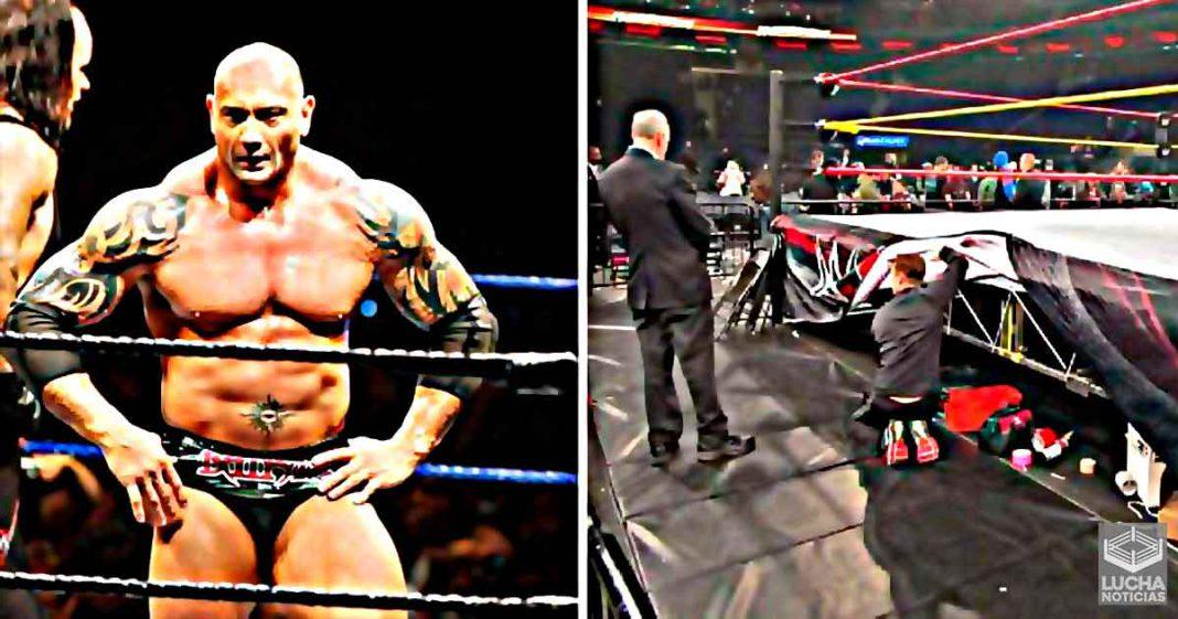 Batista revela por que solía esconder inhaladores debajo del ring
