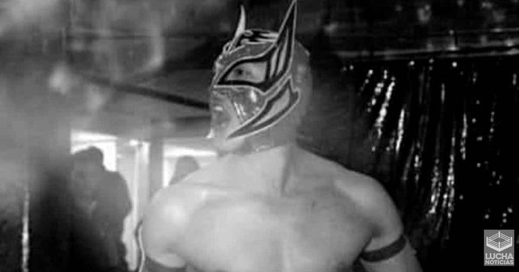 Fallece el luchador Príncipe Aéreo por un infarto en el centro del ring