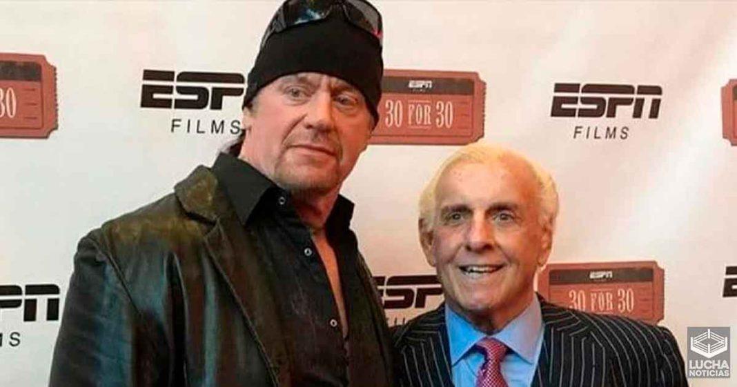 Ric Flair piensa que The Undertaker luchará de nuevo