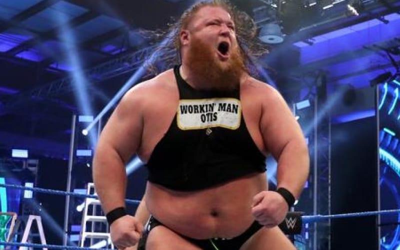 Esto es lo que realmente pasó con el empuje de Otis en la WWE