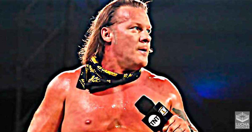 Chris Jericho enoja con repardiror de Dominos por olvidar su pizza