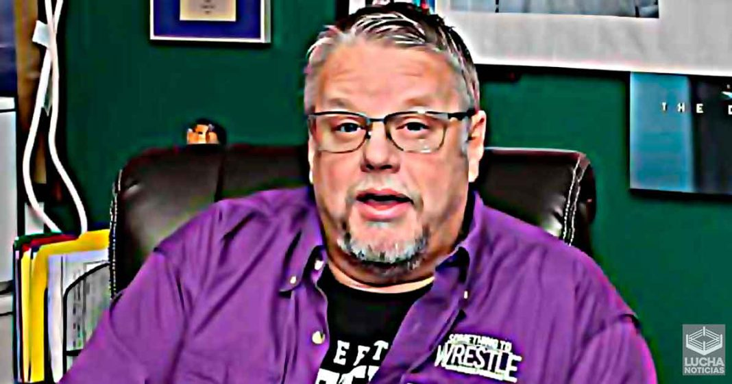 Bruce Prichard gives gifts to his writers at Christmas because they hate him