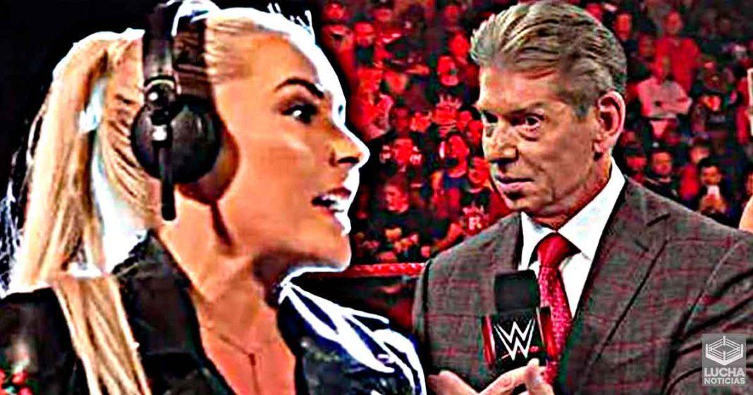 Rennee Young envía invitación especial a Vince McMahon