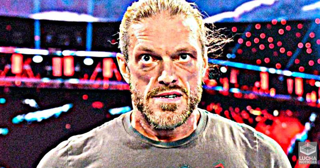 Edge le cierra la boca a fan que dice que en SmackDown hay puros novatos