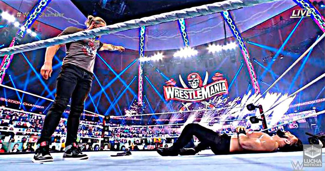 Edge attacks Roman Reigns and chooses him as WrestleMania 37 opponent
