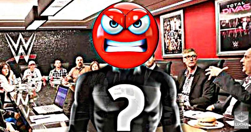 El equipo creativo de WWE molesto por los recientes cambios de Vince