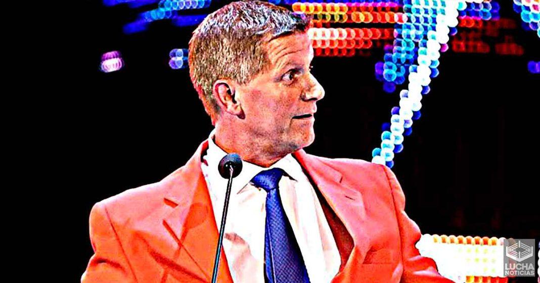 WWE le crea un nuevo nombre la trabajo de John Laurinaitis