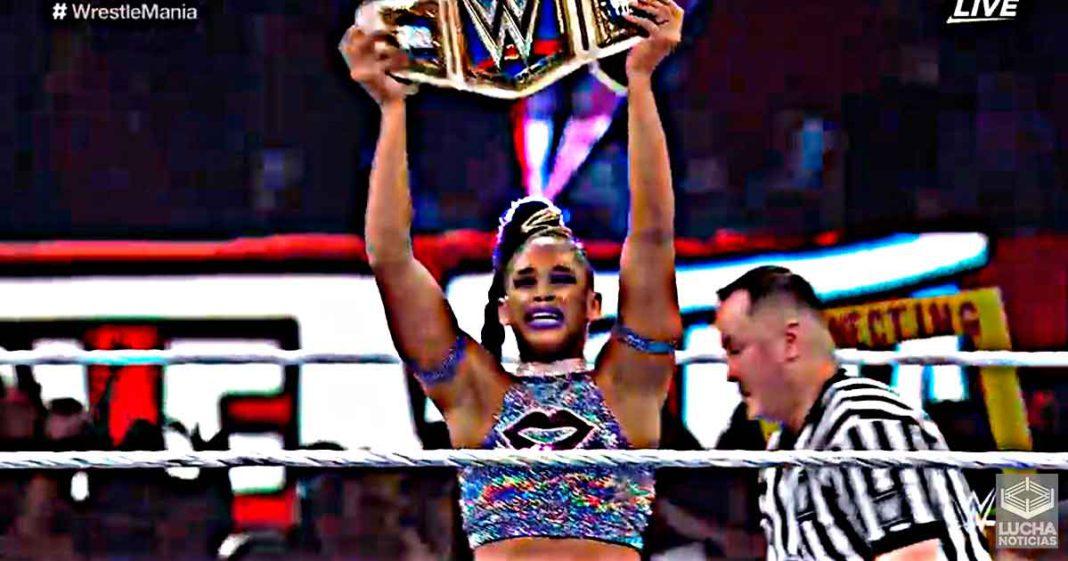 Bianca Belair vence a Sasha Banks en WrestleMania y es la nueva campeona de SmackDown