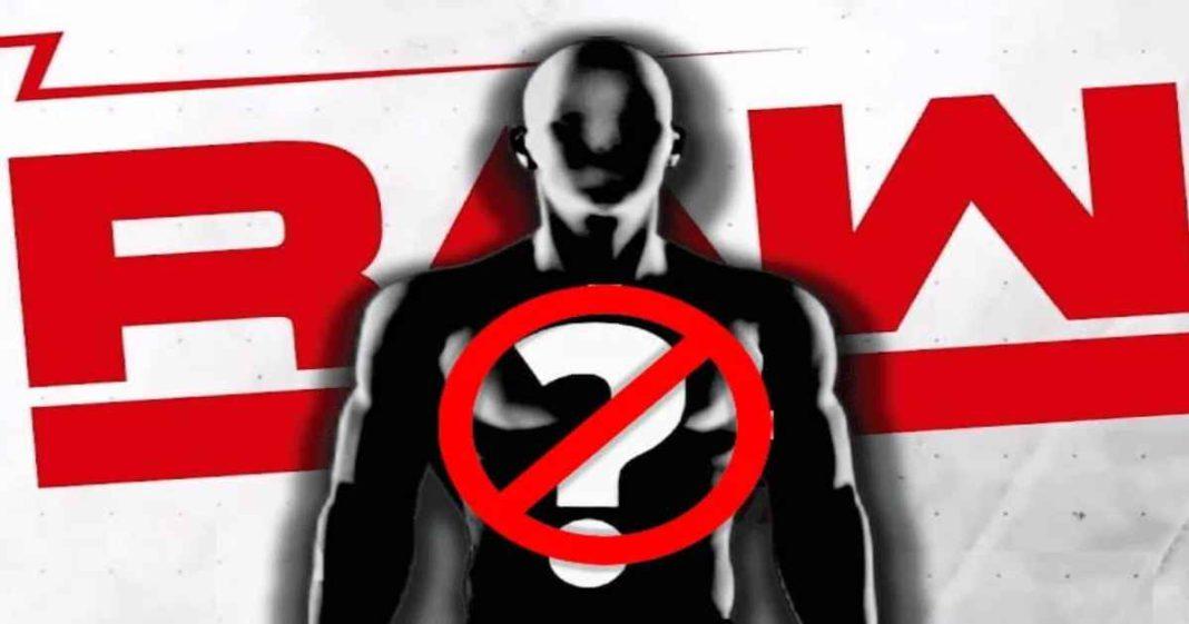 Importante Superestrella de WWE RAW no tendría autorización para luchar