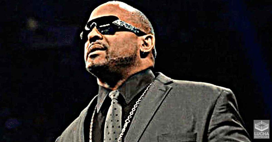 MVP quiere convertirse en gerente general de SmackDown