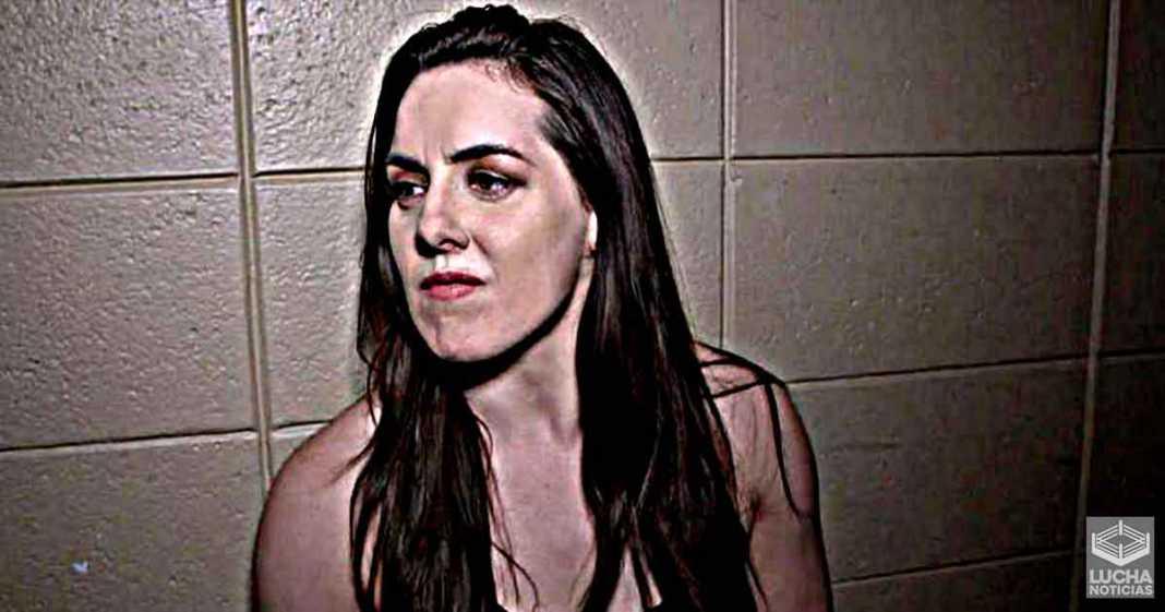 Nikki Cross: Quiero luchar de nuevo - Emotivo mensaje de la luchadora