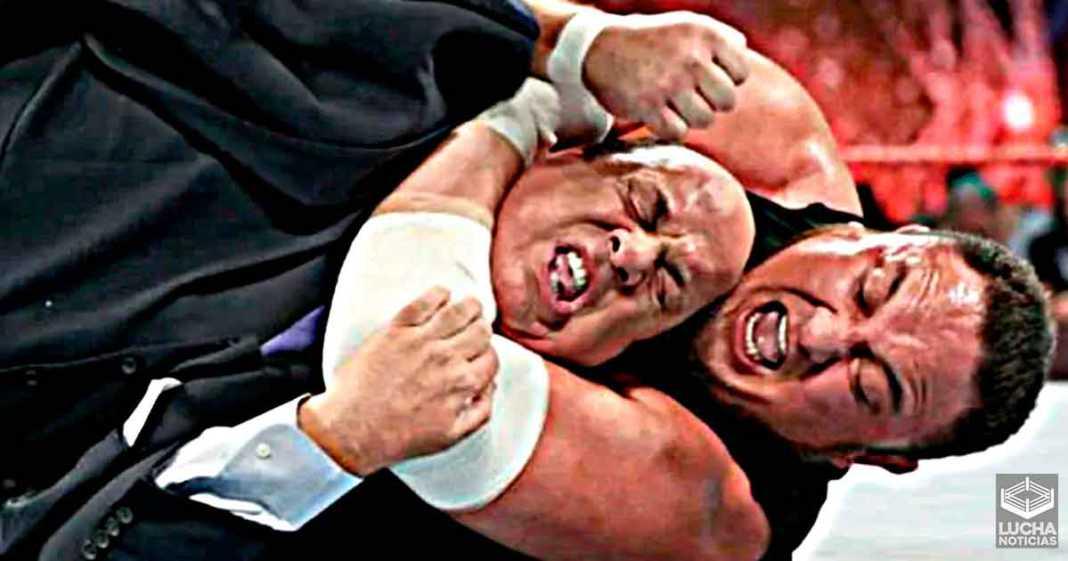 Paul Heyman le dijo a Samoa Joe que de verdad lo lastimara