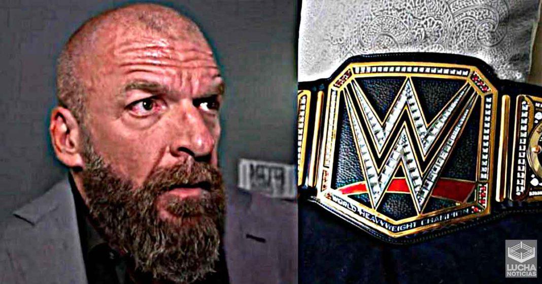 Reciente trabajador despedido de WWE es acusado de robar campeonatos