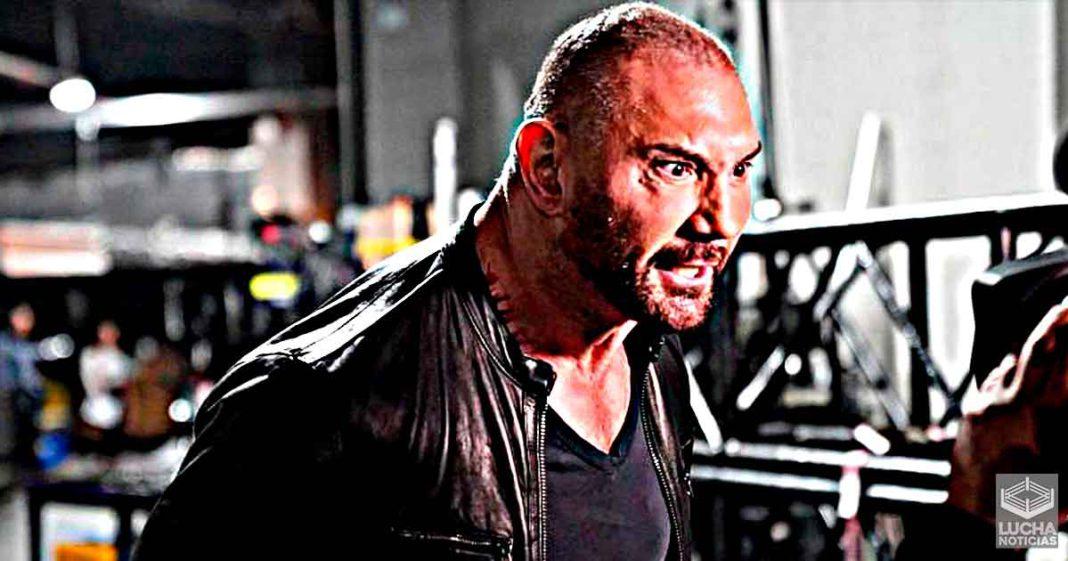 Actual campeón de la WWE ofrece oportunidad titular a Batista