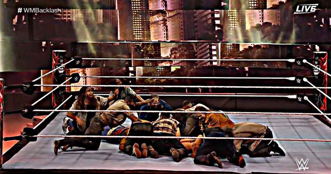 Los Zombis se comen a The Miz en WrestleMania Backlash