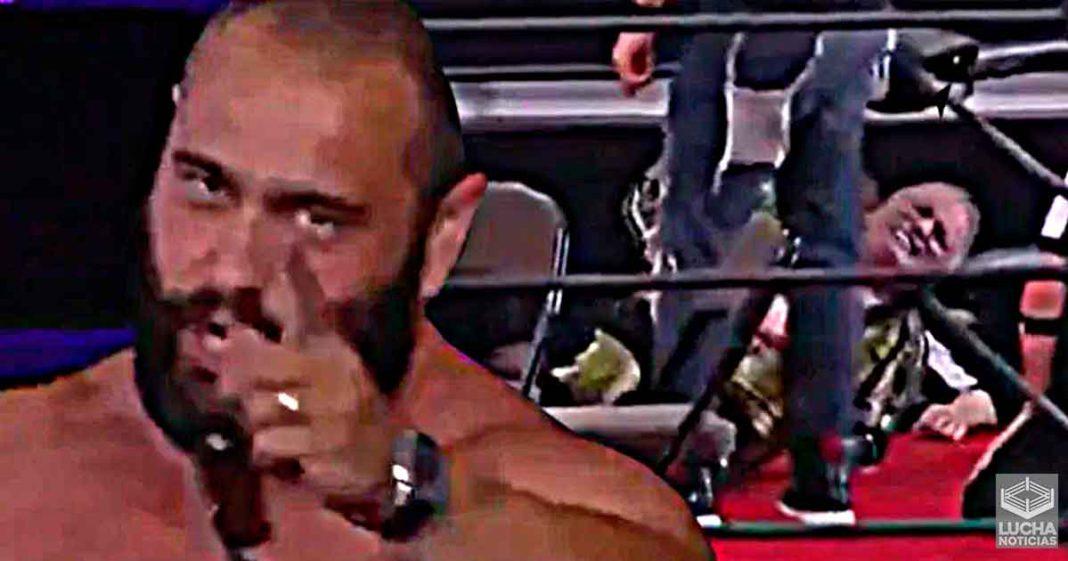 Miro ataca a Jake Roberts en AEW Double Or Nothing Fan Fest