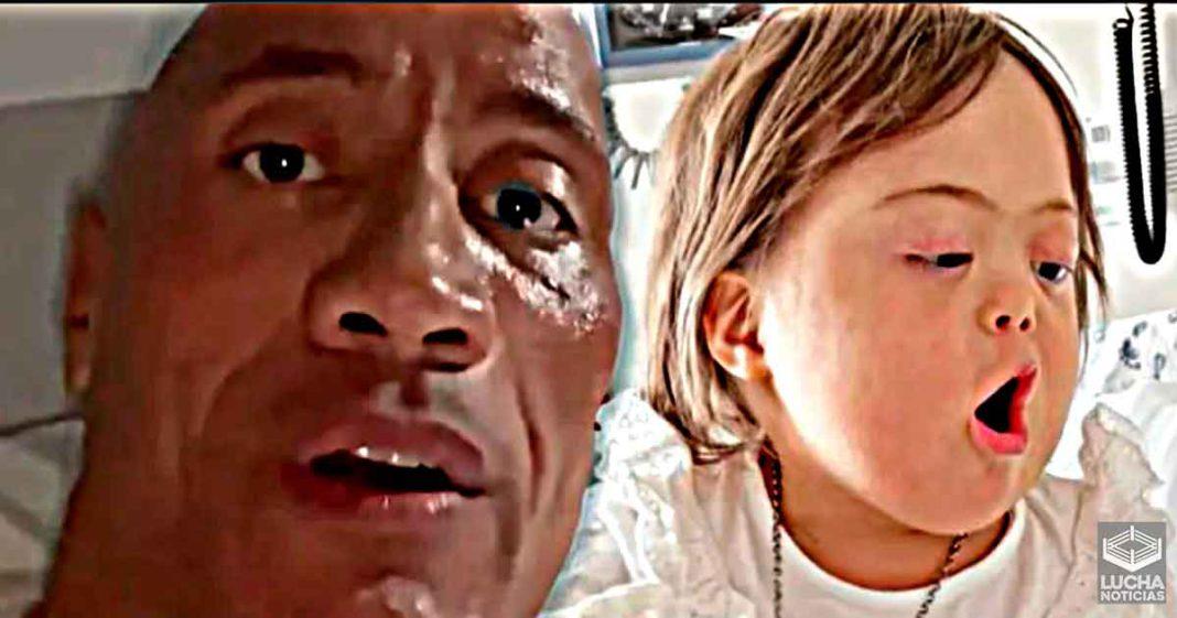 The Rock le lleva serenata sorpresa a niña que lucha contra el cancer