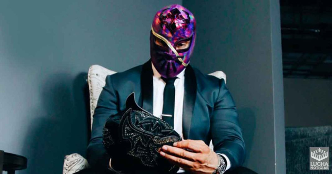 Cinta de Oro antes Sin Cara se lanza contra WWE