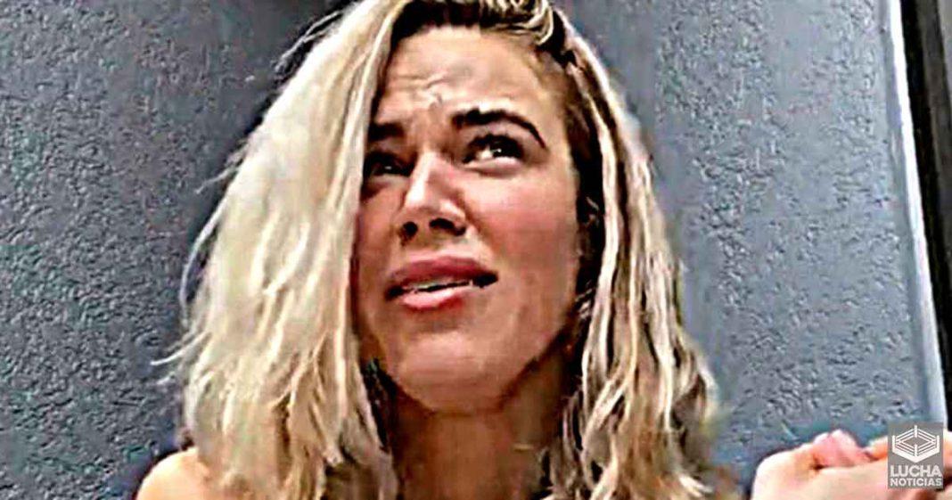 Lana promete hablar cosas en las que WWE la silenció