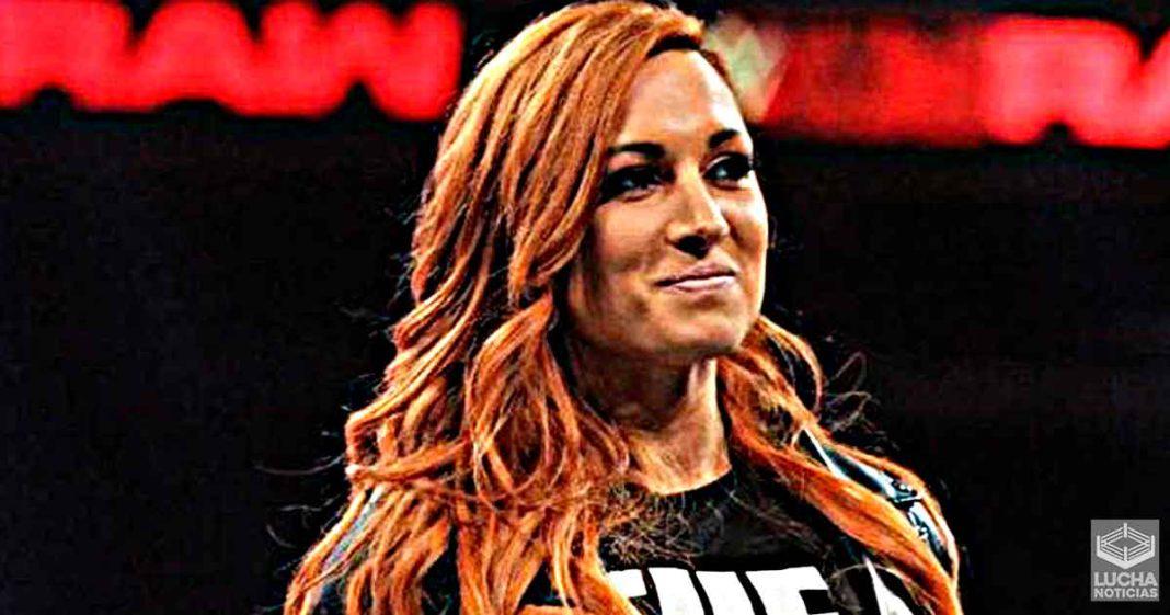 WWE discute el regreso de Becky Lynch desde hace varios meses