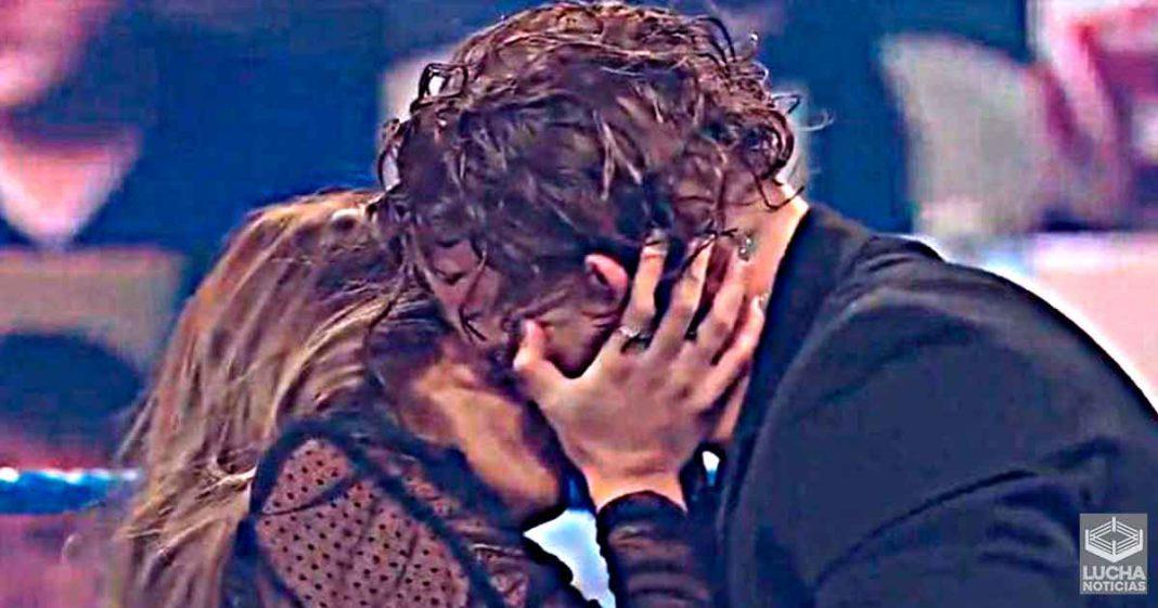 A Murphy no le gustó besar a la hija de Rey Mysterio en televisión