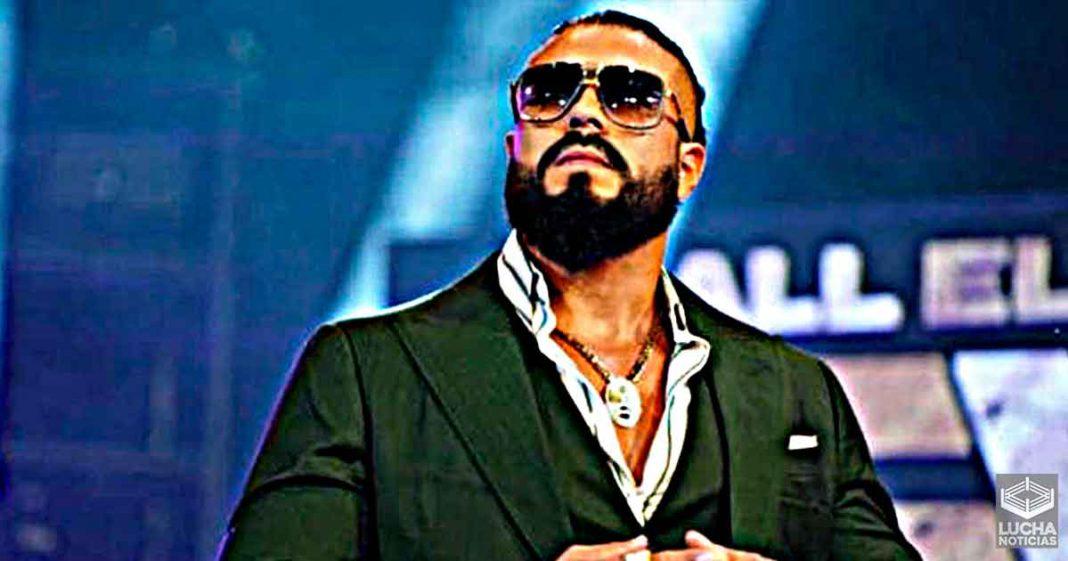 Andrade quería enfrentar a Triple H mano a mano en WWE