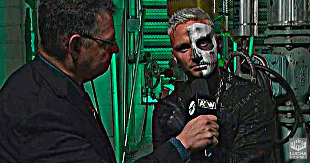 Darby AllIn reta a CM Punk durante AEW Dynamite