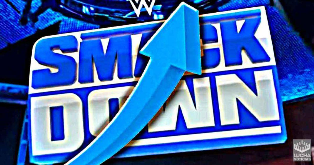 El regreso de los fans a WWE aumenta los ratings de SmackDown