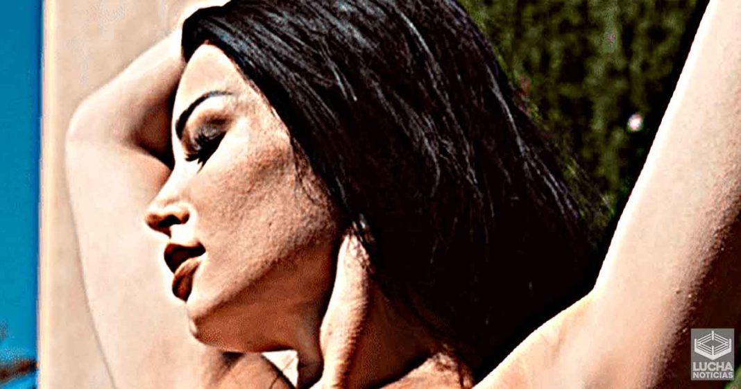 Paige comparte reveladora foto en bikini de Britney Spears