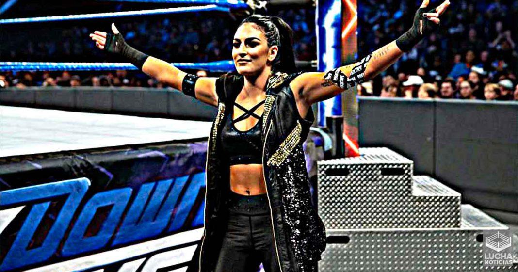 Sonya Deville podría regresar a luchar en el Money In The Bank Femenil