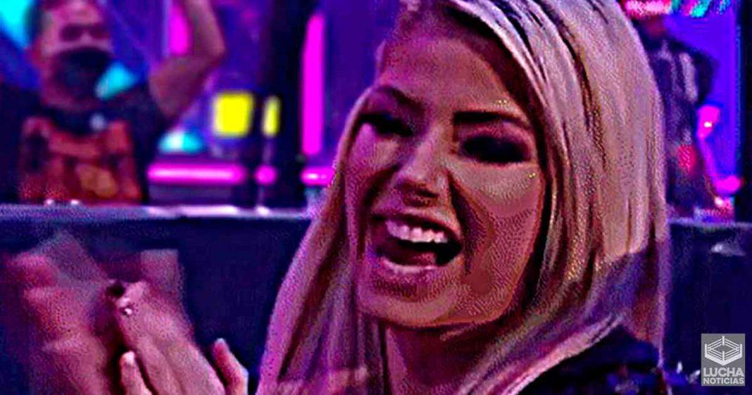 Alexa Bliss hace de DJ en Club Nocturno