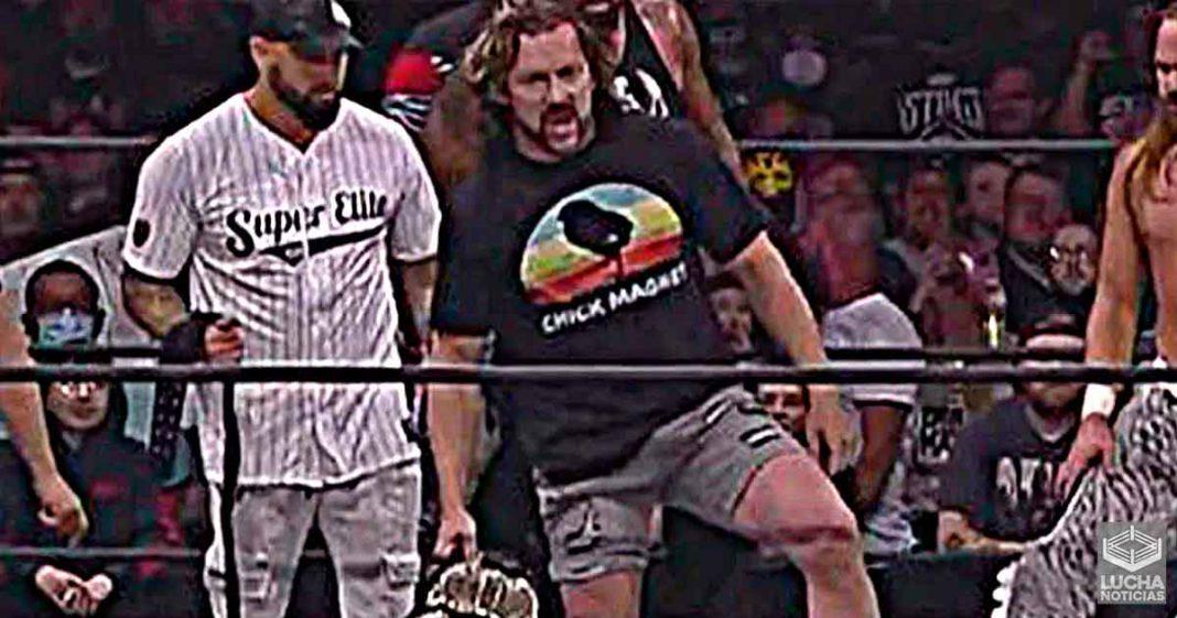 Kenny Omega hace gran spoiler de la llegada de CM Punk a AEW en Dynamite
