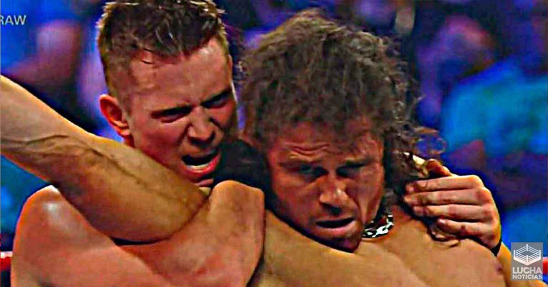 The Miz traiciona a John Morrison en WWE RAW
