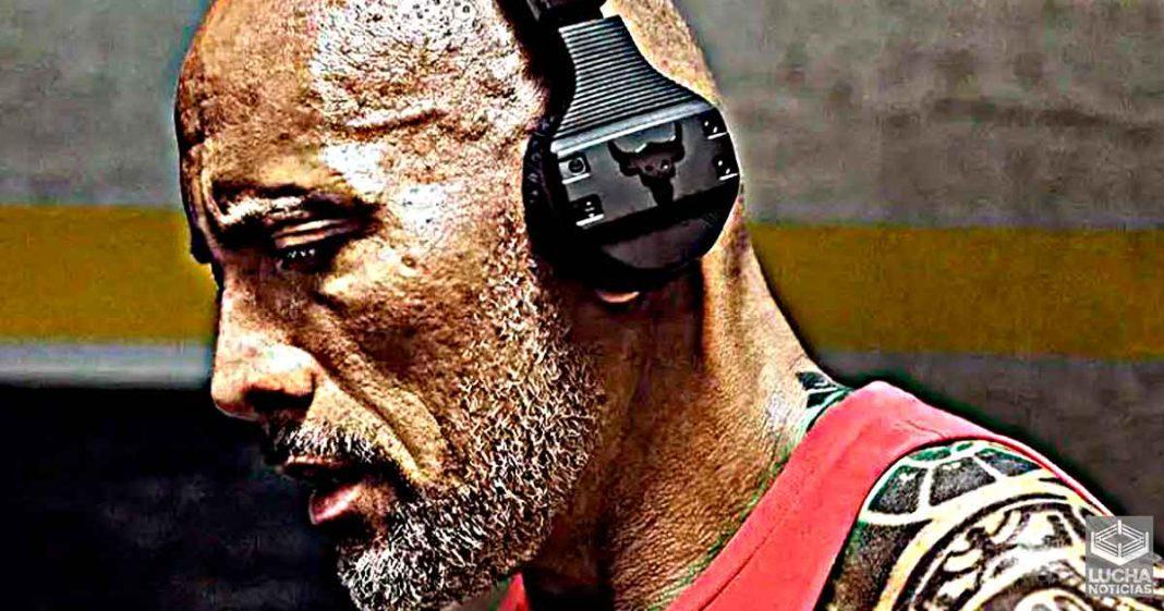 The Rock lanza su propia marca de audífonos