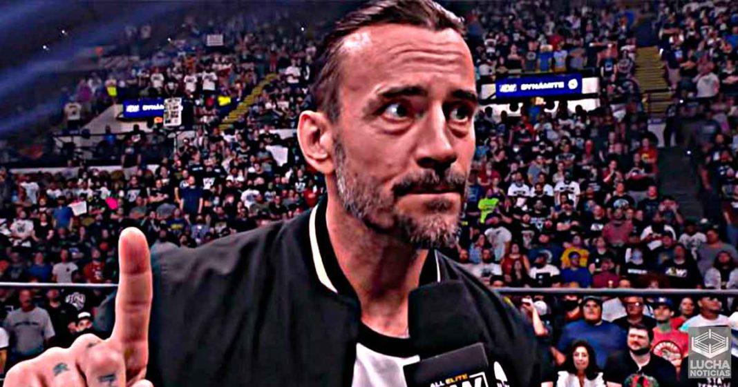 CM Punk promete a los fans que verán un lado diferente de él en AEW