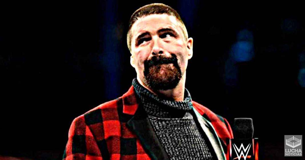 Mick Foley explica por qué AEW es un problema para WWE
