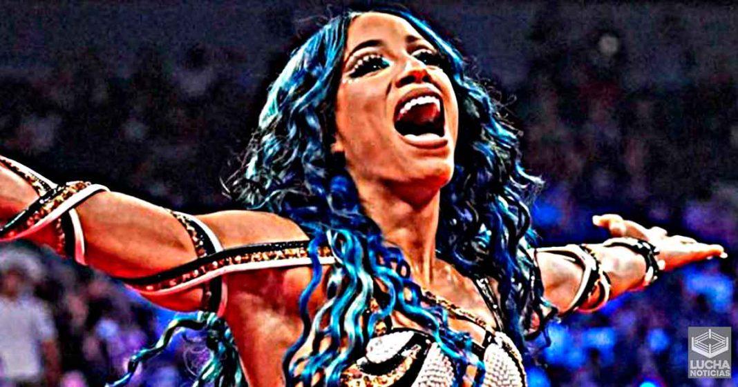 Sasha Banks fue vista con superestrella despedida de la WWE